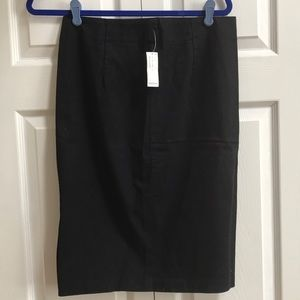 NWT OLD NAVY SIZE 6 skirt